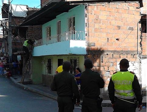 """En esta vivienda del barrio Moravia de Medellín fue asesinado alias """"Sancocho"""". Cortesía."""