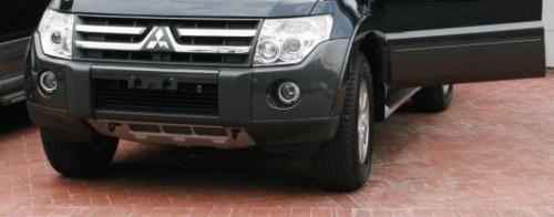 Por lo general, las víctimas abordan su vehículo sin percatarse que le robaron la placa. Foto de Archivo.