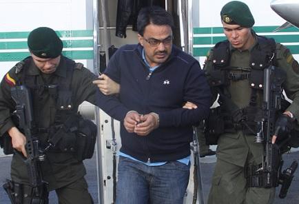 """Así fue trasladado """"Nando"""" desde Bogotá a Medellín, en 2013. Foto cortesía de la Policía Metropolitana."""