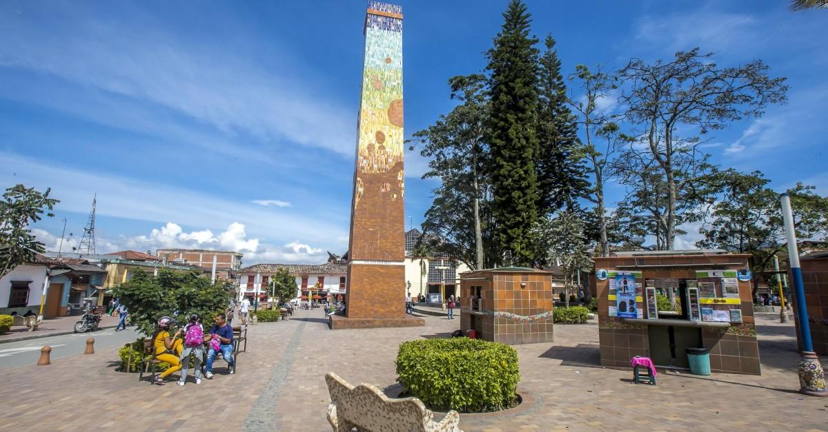 EPM trabaja para restablecer energía en sector de El Carmen de Viboral - El Colombiano