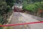 Debido a las lluvias, colapsó el principal puente de acceso a Cañasgordas