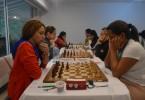 Lisandra Llaudy (izquierda) e Ingris Rivera, en un duelo parejo. Ambas, protagonistas del Continental. FOTO cortesía torneo