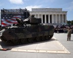 Los tanques estarán parqueados a lo largo del National Mall. FOTO: AFP.