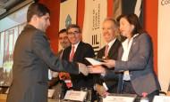 Nicolás Abrew recibió ayer el premio Anif. FOTO cortesía