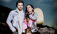 Lila Downs estrena con Juanes video de La patria madrina
