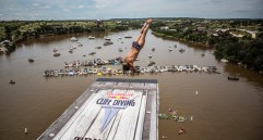 Tercera parada de la Serie Mundial Red Bull Cliff Diving en el Possum Kingdom Lake de Texas, en los Estados Unidos. En la foto: Orlando Duque. (Colprensa - Cortesía Red Bull)