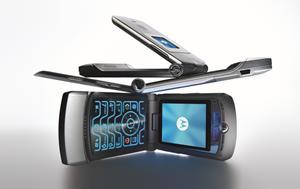 El Motorola Razr V3, uno de los celulares más populares compañías. FOTO: Motorola.
