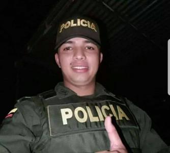 Policía antioqueño muere en choque