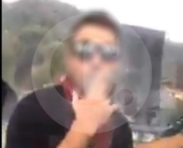 Video del extranjero fumando marihuana en metrocable de Medellín