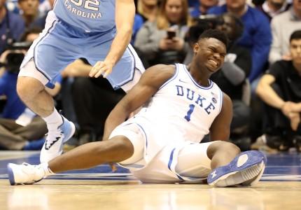 La imagen de Nike, afectada por la lesión de una futura estrella del baloncesto