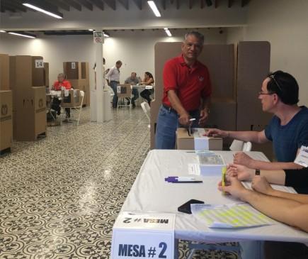 Jornada electoral en el Consulado de Colombia en Miami. FOTO: Cortesía Cancillería