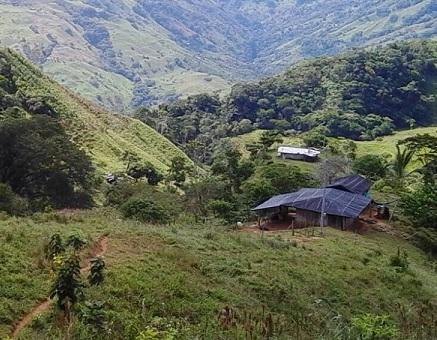 Este es el predio en el que fue cometida la matanza, en la vereda Monte Frío de Valdivia, Antioquia. FOTO: archivo.