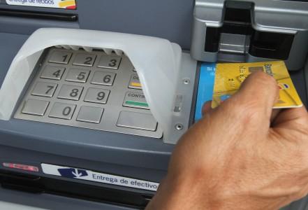 En diciembre vencerán 300.000 tarjetas débito Bancolombia