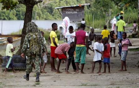 Debate por los operativos militares en el Medio Atrato - El Colombiano