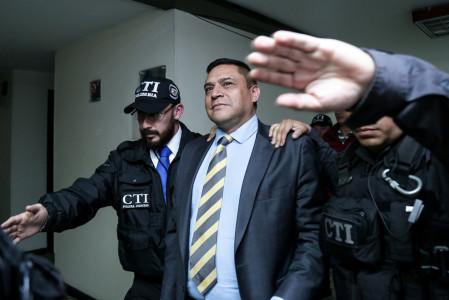 Casa por cárcel para el general (r) Humberto Guatibonza