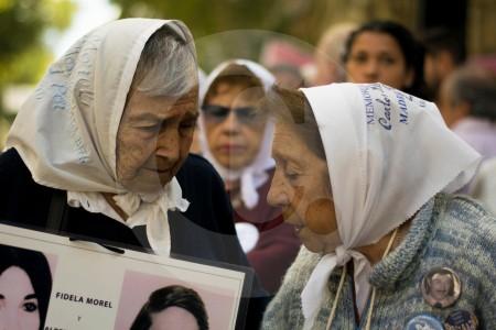 Argentina, ante su historia de dolor grabada en papel