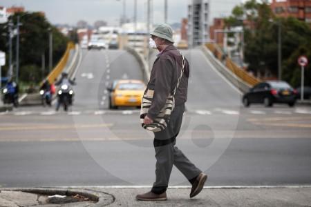 Cuarentena total e ingreso mínimo vital en Bogotá, la petición de gremios médicos