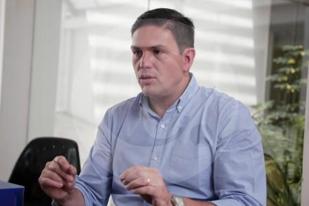 Juan Carlos Pinzón responde petición de retractación de Comisión de la Verdad