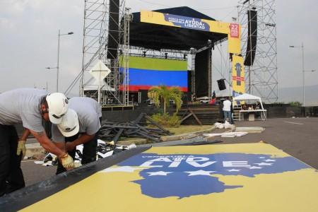 La lucha por la democracia en Venezuela, de las calles a la tarima