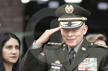 Archivada investigación contra el general Oscar Atehortúa por casas fiscales en Tolima