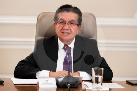 Gobierno no acatará orden de aplicar pruebas a viajeros extranjeros