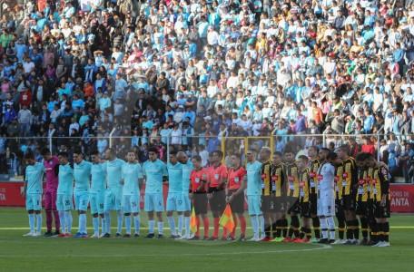 Fallece árbitro que dirigía partido de fútbol a 4.000 metros de altitud en Bolivia