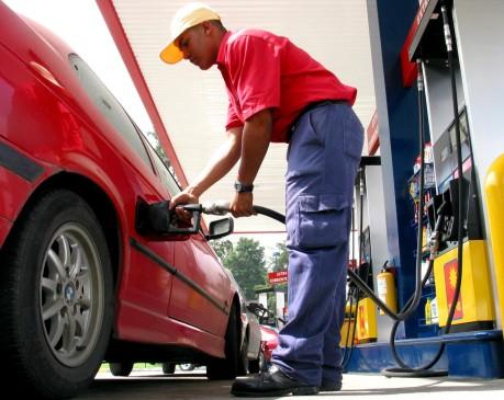 Baja el precio de la gasolina en Colombia