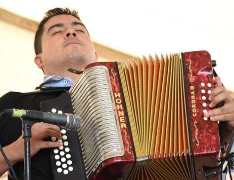 Carlos Vives le cumplió la promesa a Martín Elias de grabar juntos