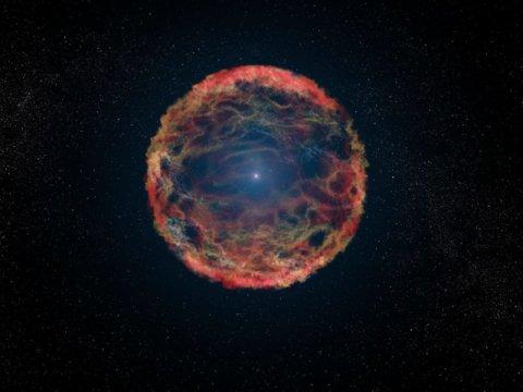 Descubren estrella supernova que brilló más de lo normal