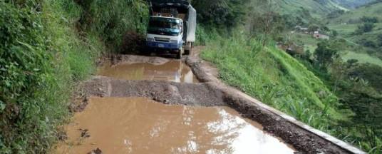 Derrumbes tienen incomunicados a Frontino y veredas de Abriaquí - El Colombiano