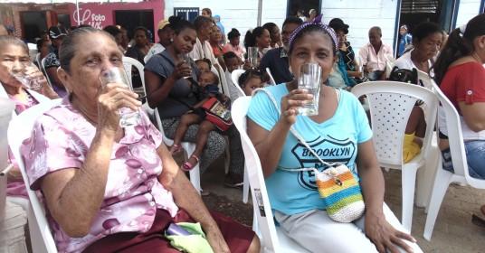 En San Juan de Urabá cambiaron el agua 'gorda' por la potable - El Colombiano