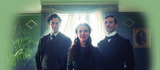 Henry Cavil, Millie Bobby Brown y Sam Claflin. FOTOS CORTESÍA NETFLIX