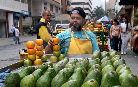 Es el dato más alto en lo corrido del año, con 784 mil personas en esta condición en Medellín: Dane. FOTO JULIO CÉSAR HERRERA