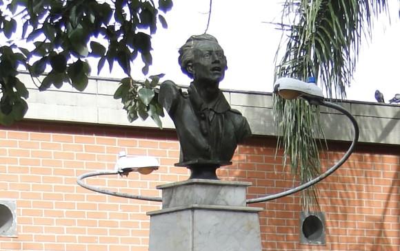 COLOMBIA: Roban escultura de Atanasio Girardot que tiene más de 100 años
