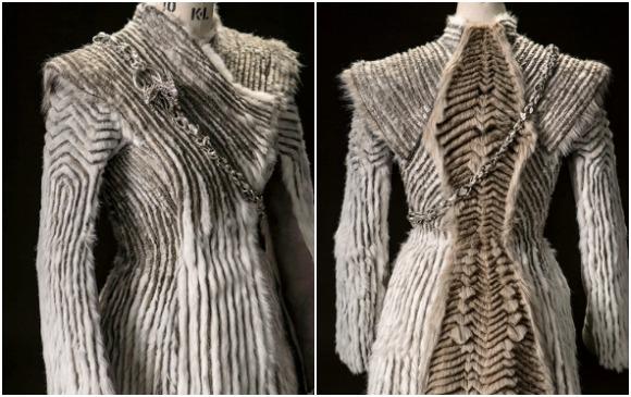Este es el abrigo que se admiró de Daenerys. FOTO Cortesía HBO