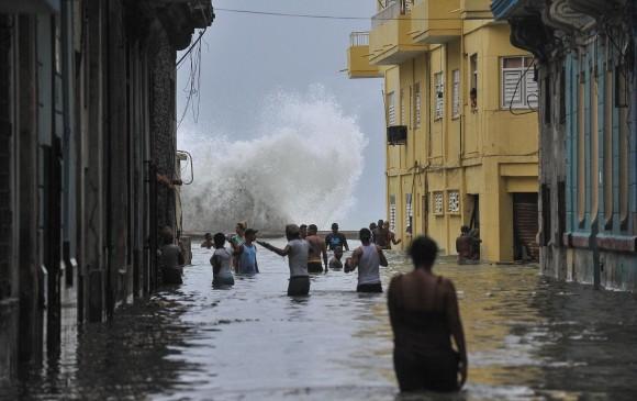 Irma se aleja de Cuba