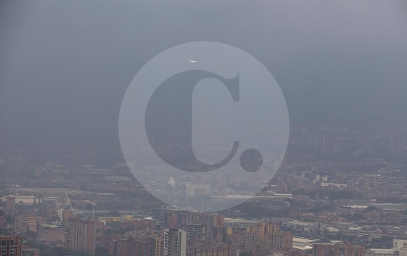 Declaran alerta roja en Medellín por alto nivel de contaminación