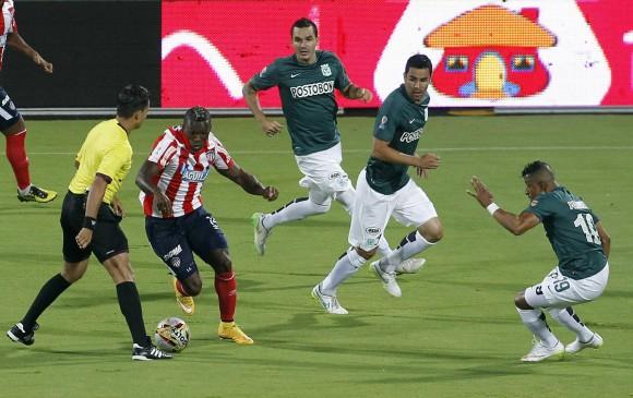 El empate con sabor a derrota como local deja a Nacional con 26 puntos. FOTO Jaime Pérez / EL COLOMBIANO