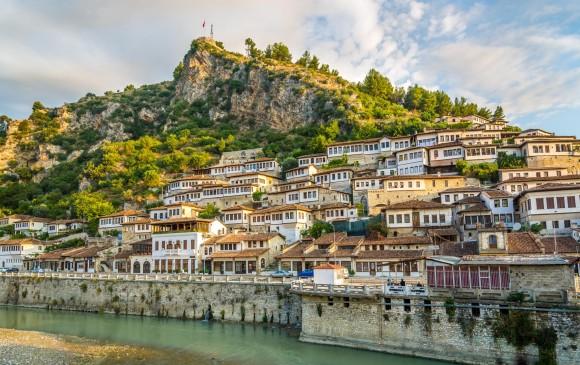 Berat es considerada la ciudad más antigua de Albania. FOTO SSTOCK