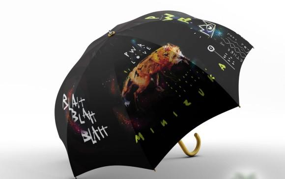 La power umbrella de Minizuka tiene animales de poder que cuentan una historia. FOTO Cortesía