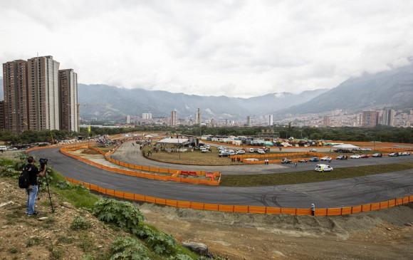 La pista del autódromo toma forma. FOTO JAIME PÉREZ