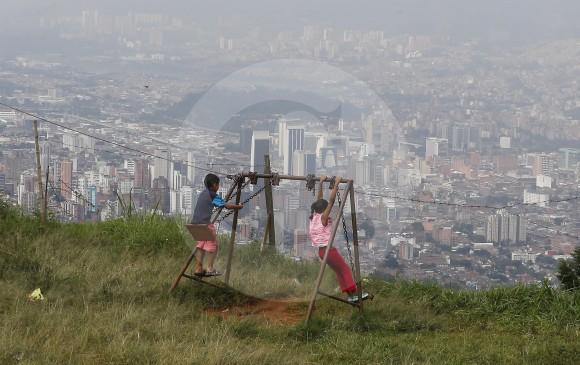 La reducción de la brecha entre las comunas es uno de los retos urgentes de la ciudad. FOTO MANUEL SALDARRIAGA