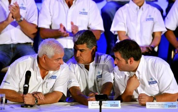 Padres del exministro Papadimitriu movieron $16 millones en Andorra