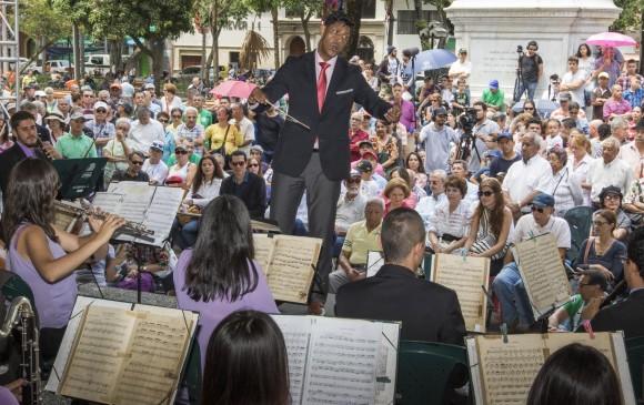 La Banda Sinfónica de la Universidad de Antioquia, vuelve a la retreta. El espectáculo de este domingo, 4 de marzo, a las 11:00 a.m., en el Parque de Bolívar. Foto Róbinson Sáenz