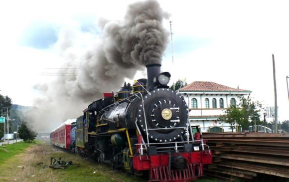 Mujer fue arrollada por el tren de la Sabana en Bogot — COLOMBIA
