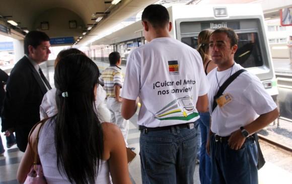 Más de un siglo de campañas de amor por Medellín