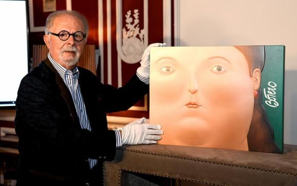 """El pintor y escultor colombiano Fernando Botero, durante la presentación, el 9 de octubre en Madrid, de su libro """"Las mujeres de Botero"""", una edición numerada de 2.998 ejemplares firmados por el artista. Foto: EFE"""