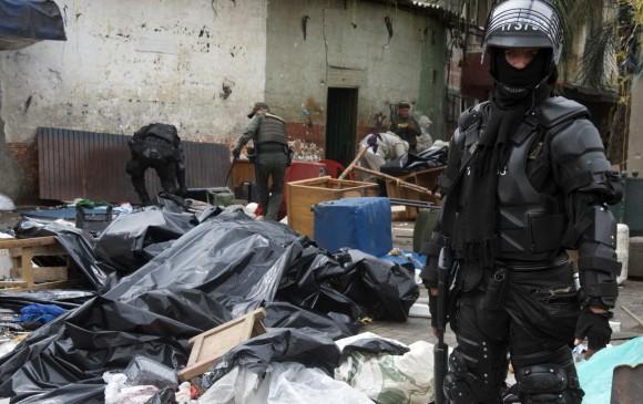 Así fue la intervención de las autoridades en la Avenida de Greiff, en el centro de Medellín. FOTO: Cortesía de la Policía Metropolitana.