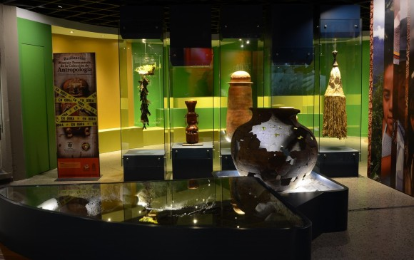 Urna funeraria (200 a. C. a 800 d. C.)Procedencia: Cerro El Volador (Medellín). Sala de larga duración