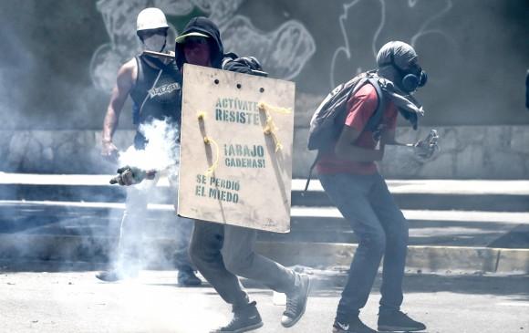 Protestas contra gobierno de Maduro ya dejan 100 muertos